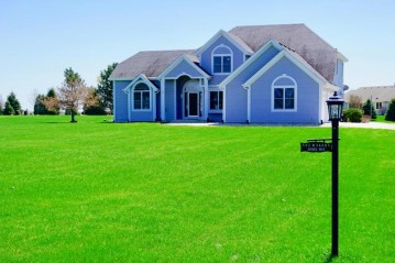 S92W34685 Joshua Way, Eagle, WI 53119