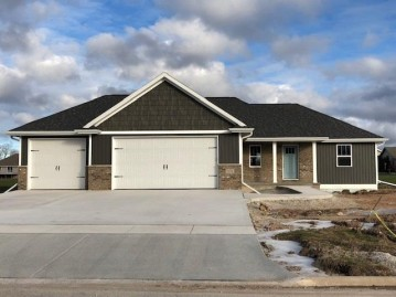 278 BROOKVIEW Court, Luxemburg, WI 54217