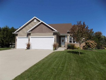 1188 STARVIEW Drive, Grand Chute, WI 54913-6401