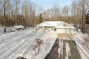 2729 Trophy Court, Abrams, WI 54101-9438