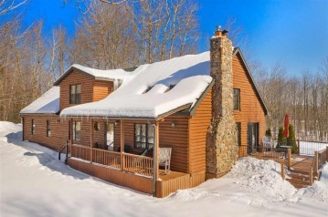 5736 Forest Lake Lane, Abrams, WI 54101-9510
