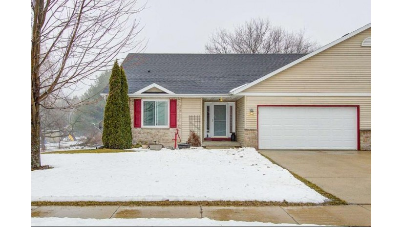 4646 Meadowlark Dr Windsor, WI 53571 by First Weber Inc $275,000