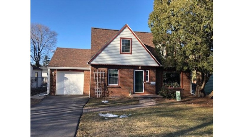 2712 Regent St Madison, WI 53705 by Re/Max Preferred $429,900