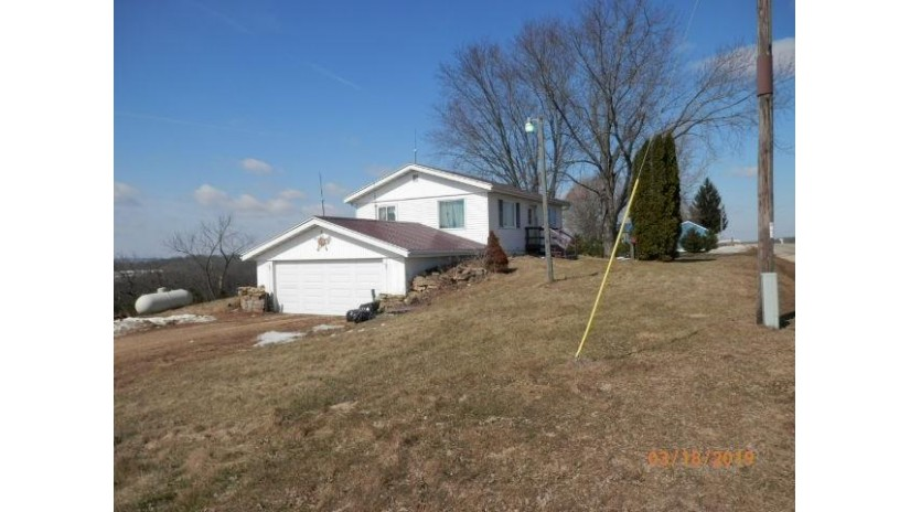 23390 Hustlers Ridge Dr Richland, WI 53581 by Century 21 Complete Serv Realty $109,900