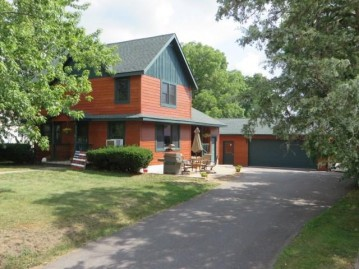 240 N High St, Markesan, WI 53946