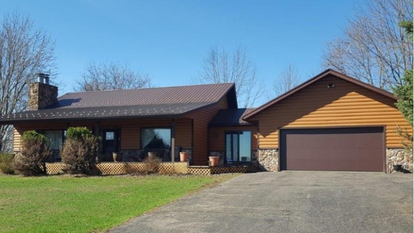E2017 Dutch Hollow Dr La Valle, WI 53941 by Century 21 Affiliated $214,900