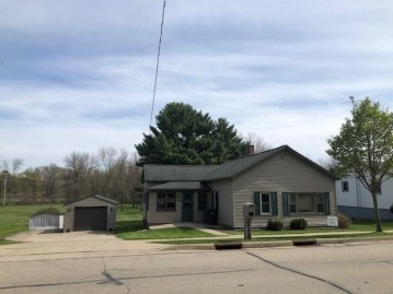 153 S Main St, Fall River, WI 53932