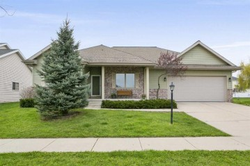 6625 Broad Creek Blvd, Madison, WI 53718