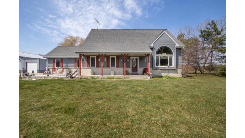 514 S Cox Rd Dover, WI 53139 by Fairwyn Realty $429,000