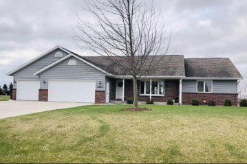 2933 Whispering Winds Dr, Wilson, WI 53081-9002