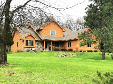 S39W33418 Hidden Valley Dr, Genesee, WI 53118