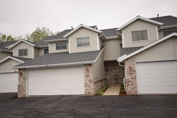 755 Green Bay Dr 6, Mayville, WI 53050-1755
