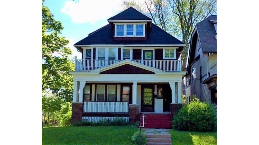 1836 N 48th St 1838 Milwaukee, WI 53208 by Response Realtors $203,500