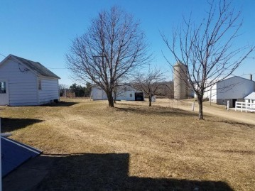 2705 County Road W, Christiana, WI 53531