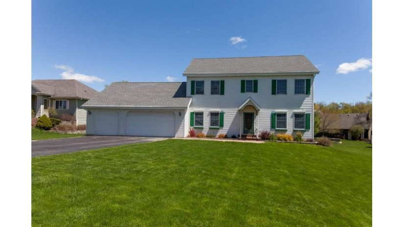 N6489 Shorewood Meadows Dr Lake Mills, WI 53551 by Re/Max Community Realty $359,900