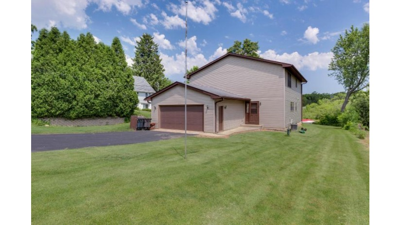 24724 74th St Paddock Lake, WI 53168-9739 by Bear Realty, Inc $329,900