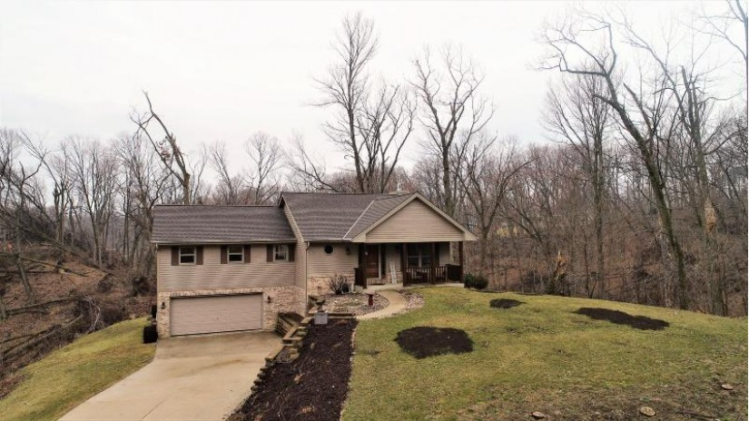 W416 Helen Ln Osceola, WI 53010 by RE/MAX Heritage $289,000