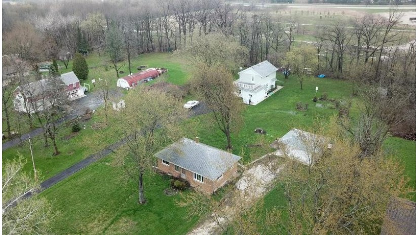9744 S 31st St Franklin, WI 53132 by First Weber Inc - Brookfield $250,000