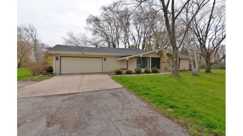 4521 Sheridan Rd Mount Pleasant, WI 53403-4153 by Shorewest Realtors $230,000
