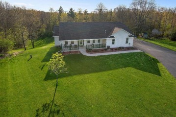 3133 Rolling Hills Dr, Newton, WI 54220