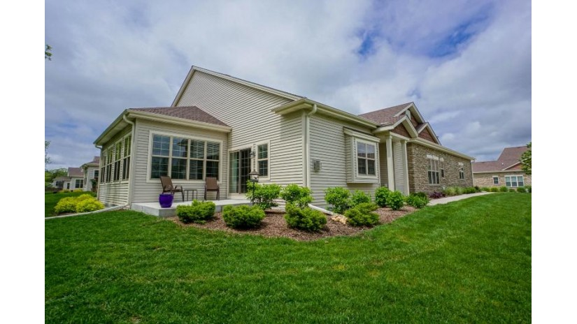 1120 Black Bear Dr Mukwonago, WI 53149-7705 by Lake Country Flat Fee $399,900