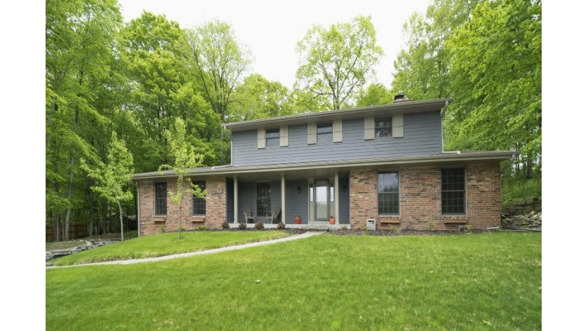 759 Summit Dr West Bend, WI 53095-3864 by First Weber Inc - Brookfield $299,900