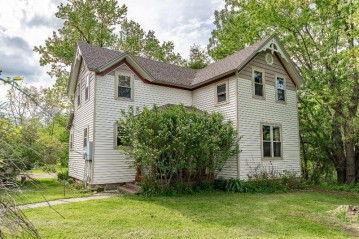 N21799 Oak Ridge DR, Gale, WI 54630-8624