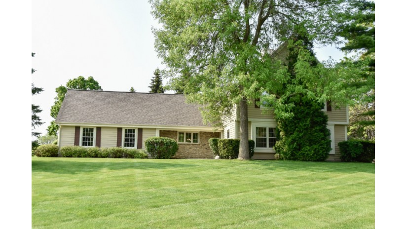 20525 Tennyson Dr Brookfield, WI 53045-4051 by Shorewest Realtors $369,900