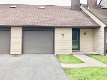 336 S Tower St, Saukville, WI 53080-2506