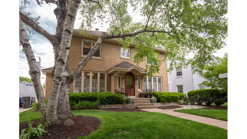 5067 N Woodburn St Whitefish Bay, WI 53217-5759 by Shorewest Realtors $625,000