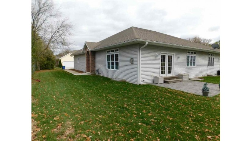W7568 HWY M Richmond, WI 54166-6070 by RE/MAX North Winds Realty, LLC $165,900
