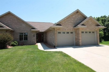 1403 S Murphy Rd 6, Plymouth, WI 53548