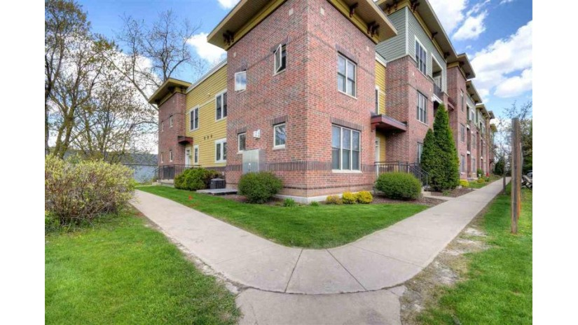 314 S Main St 102 Verona, WI 53593 by Lauer Realty Group, Inc. $219,900