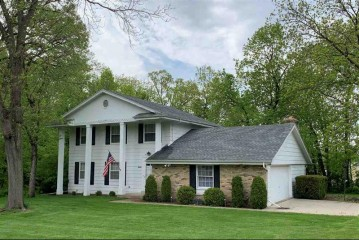 N4281 Hickory Dr, Elba, WI 53925