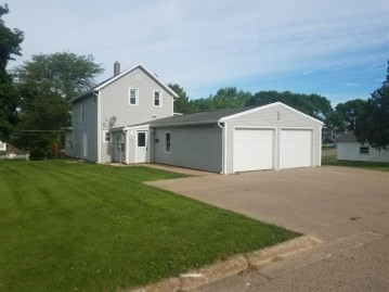 808 S Madison St, Lancaster, WI 53813