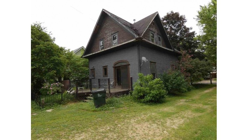 562 E Kinder St Richland Center, WI 53581 by Century 21 Affiliated $55,000