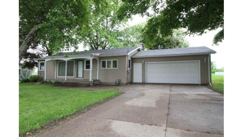 405 N Main St Orfordville, WI 53576-9448 by Shorewest Realtors $132,500