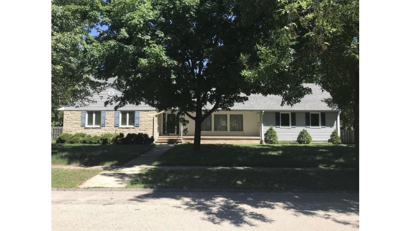 2910 White St Marinette, WI 54143 by Broadway Real Estate $239,900