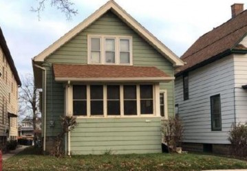 1548 S 72nd St, West Allis, WI 53214-4702