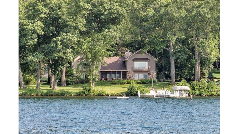 W4446 Basswood Dr Linn, WI 53147-3906 by Keefe Real Estate, Inc. $4,799,000