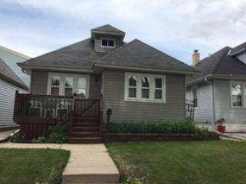 2116 S 70th St, West Allis, WI 53219-1364