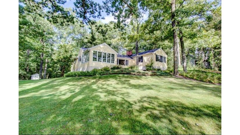 31104 W Thompson Ln Chenequa, WI 53029-9705 by Realty Executives - Integrity $1,950,000