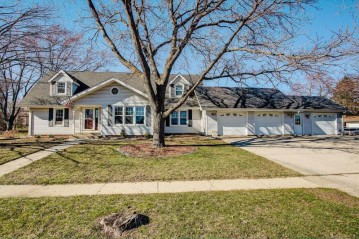 720 13th Ave, Union Grove, WI 53182