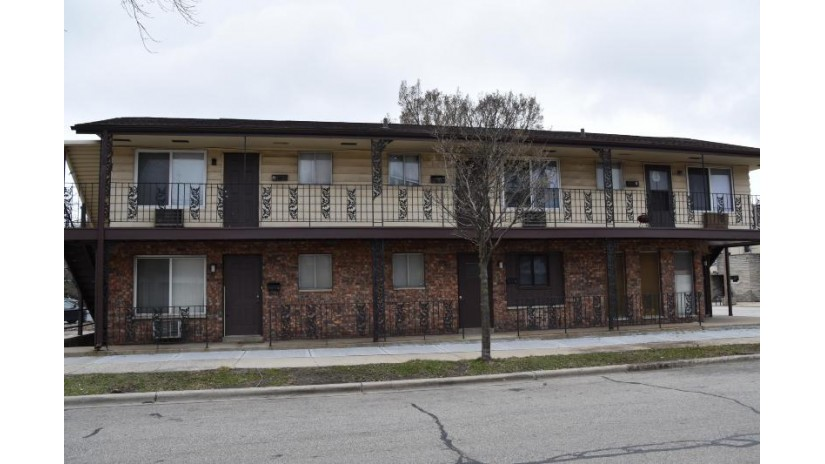 3803 W National Ave West Milwaukee, WI 53215-1035 by WiHomeGroup $192,500