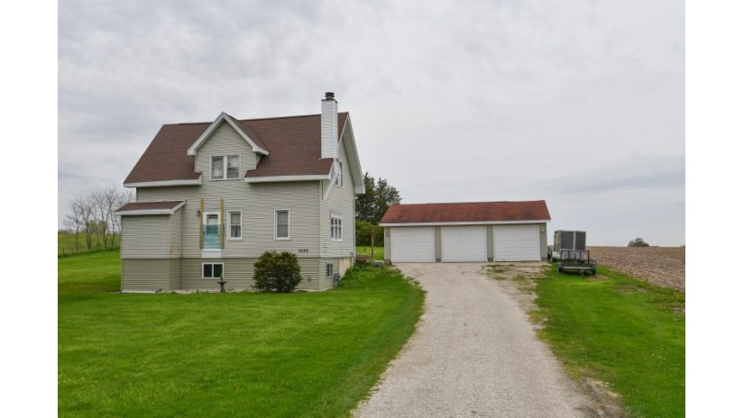 11629 E Salisbury Rd Lima, WI 53190-3306 by Shorewest Realtors $188,500