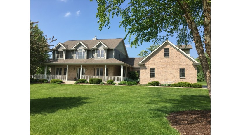 312 Cypress Pt North Prairie, WI 53153-9621 by Shorewest Realtors $545,000