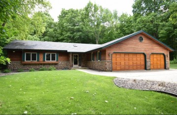 1913 W Puetz Rd, Oak Creek, WI 53154-2734