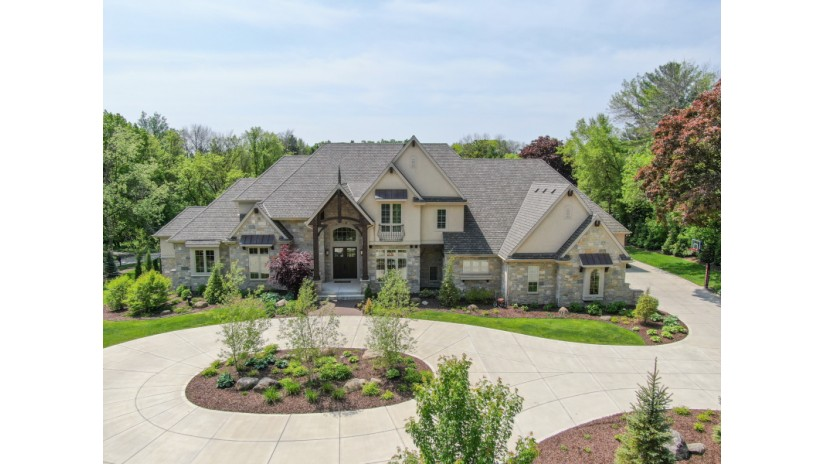 14655 Hillside Rd Elm Grove, WI 53122-1623 by Shorewest Realtors $1,895,000