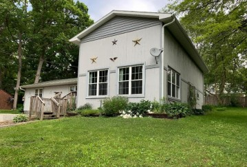N6546 Forest Pl, Richmond, WI 53115-2667