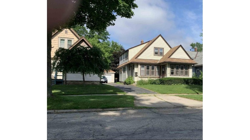 1365 N 60th St 1365A Wauwatosa, WI 53208 by Keller Williams Realty-Milwaukee North Shore $200,000